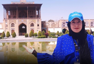 Online Tour ‒ Visit Naghsh'e Jahan Square with Elaheh