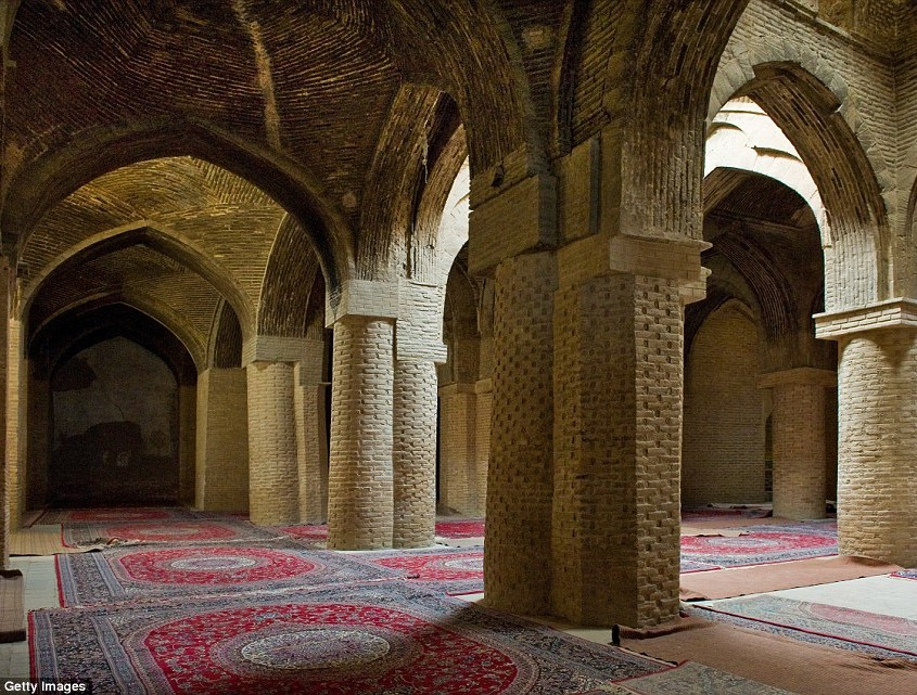 The old Friday Mosque is the oldest in the country, dating from 1656. It's a beautiful structure made from coral stone with inscribed Quranic script