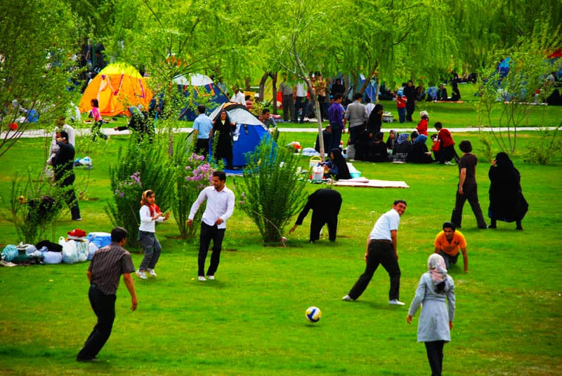 Iranian Preparing To Celebrate Nowruz 2017: The Persian ...