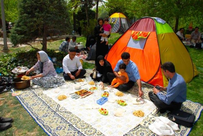 Sizdah bedarisanIranianfestivaltradition