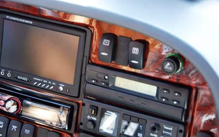 Volvo bus 41 seater car rental iran