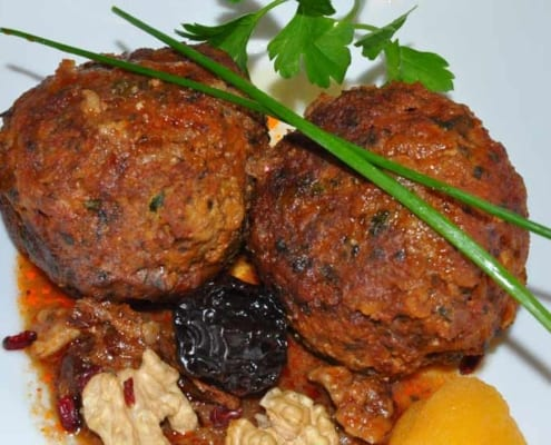 Never forget to have a taste of Tabrizi Koofteh (meatballs)