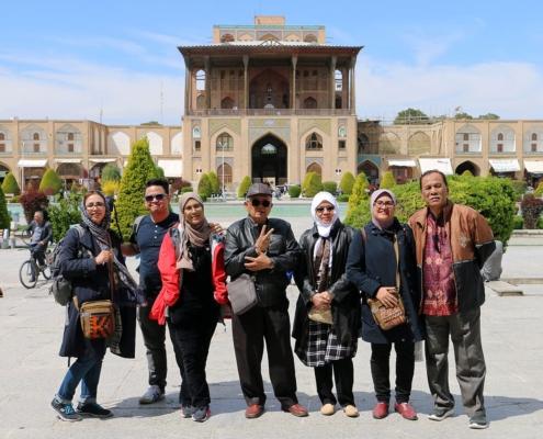 Singaporeans Travel to Iran - Travel Guide to Iran for the Singaporean Citizens