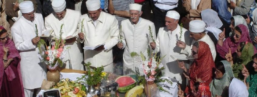 Zoroastrians in Takht-e Soleymān, Photo: WikiPedia