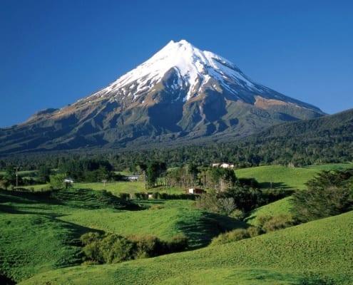 The 6 Best Mountain Climbing Destinations in Iran